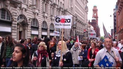 Thousands march through Manchester in support of Gaza